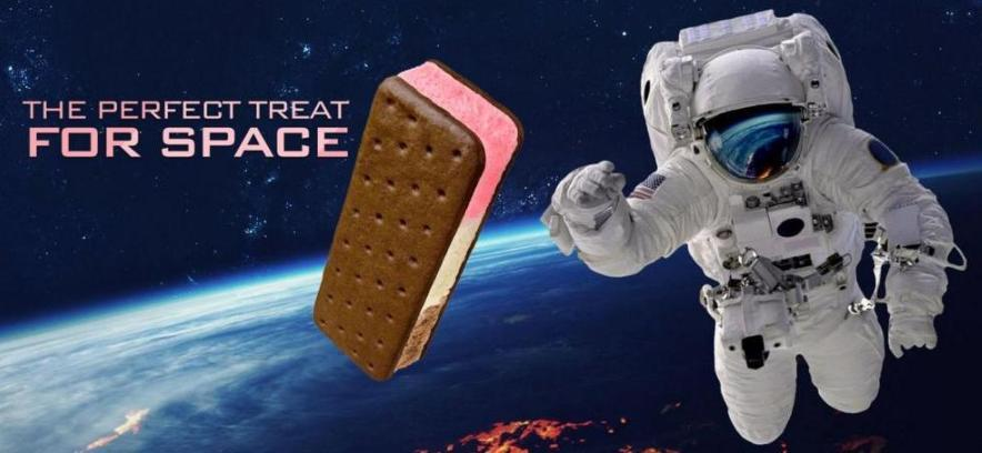 Astronaut Space Food - Amerikan Astronaut Food, Ice Cream and Fruits
